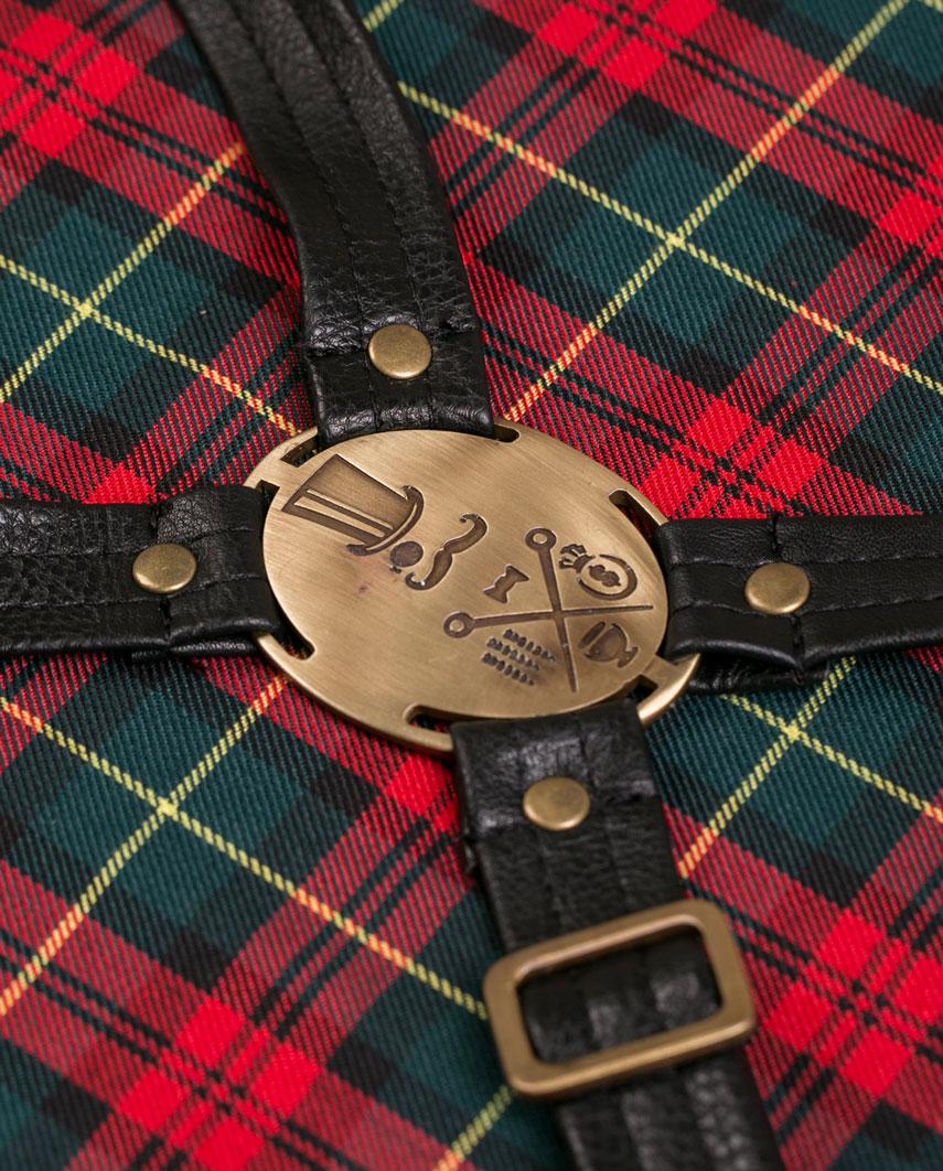 Highlander Total Black Apron - Fancygents
